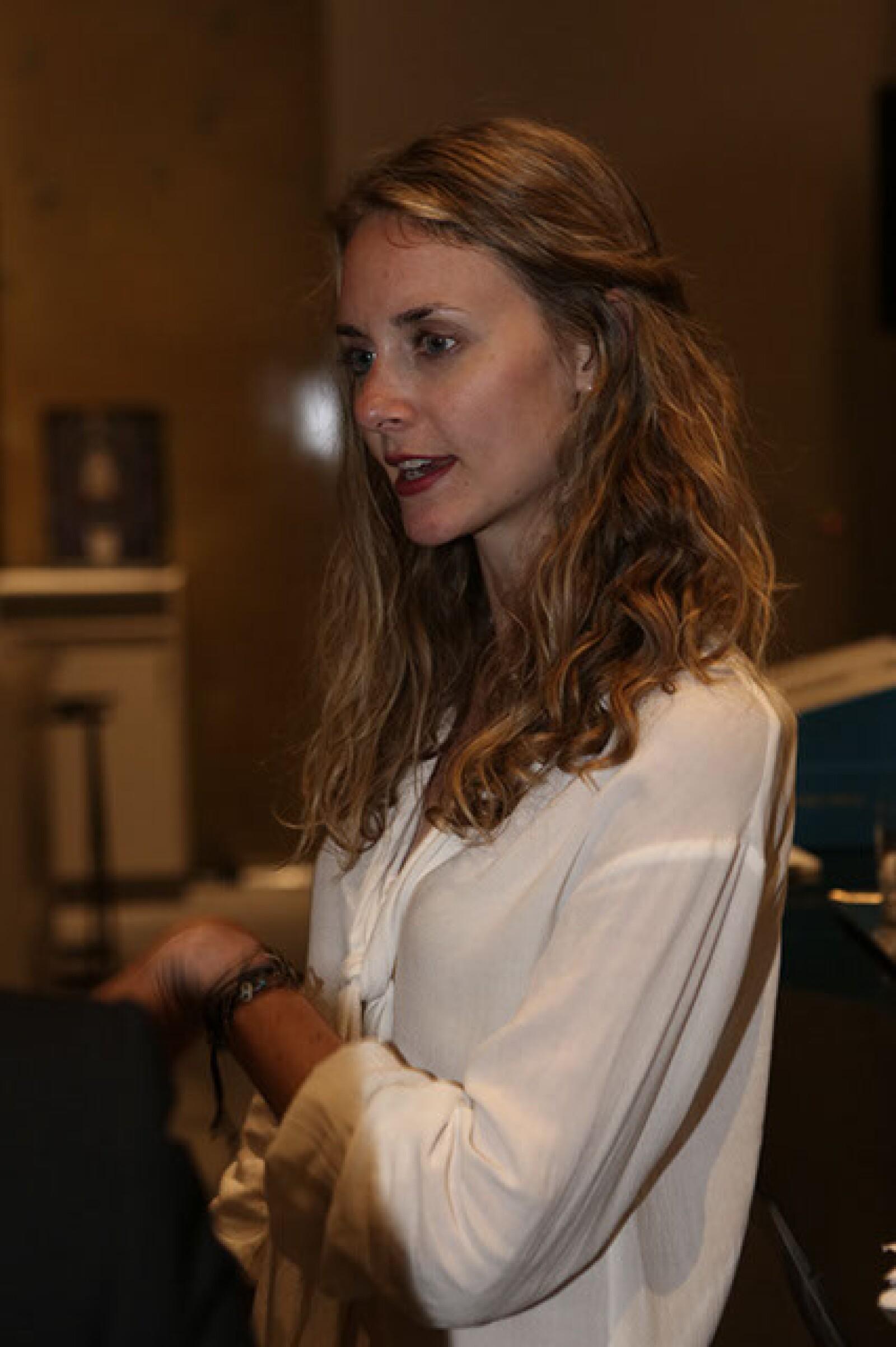 Nicole Arnel