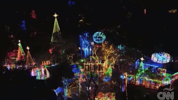 De una ocurrencia a una tradición: así empezó el uso de luces en Navidad