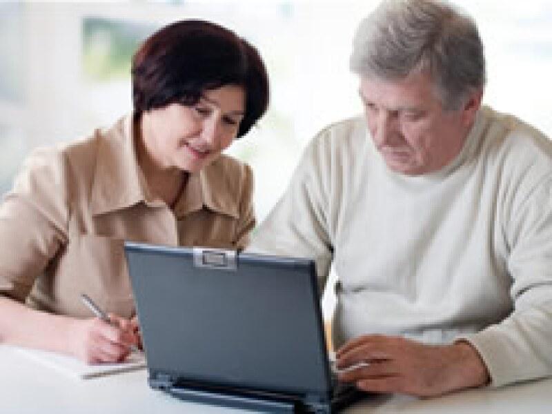 En Europa, 24,000 jubilados asesoran a empresas. Ya hay negocios en México que también reciben su auxilio.