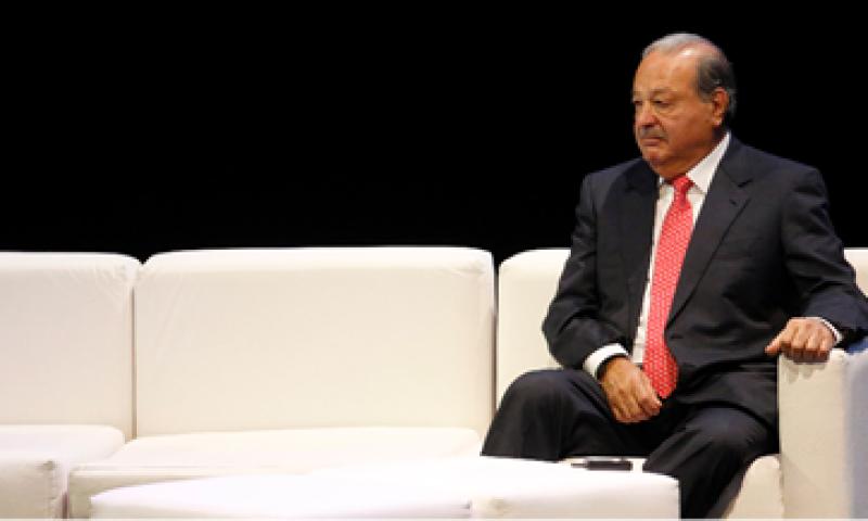 Slim buscará competir en un mercado dominado por Televisa y TV Azteca, con 70% y 30% de los ingresos por publicidad.  (Foto: Reuters)
