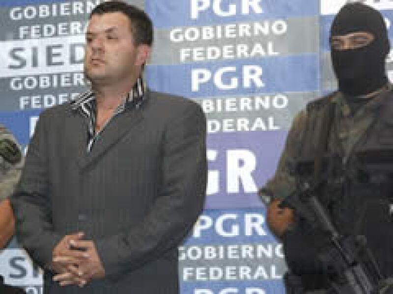 Roberto Beltrán Burgos fue presentado por la PGR y la Sedena. (Foto: Notimex)