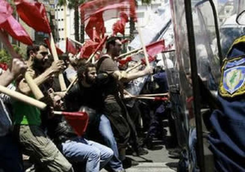 Las huelgas y marchas se harán presente en el próximo mes contra las medidas de austeridad de los gobiernos. (Foto: Reuters)