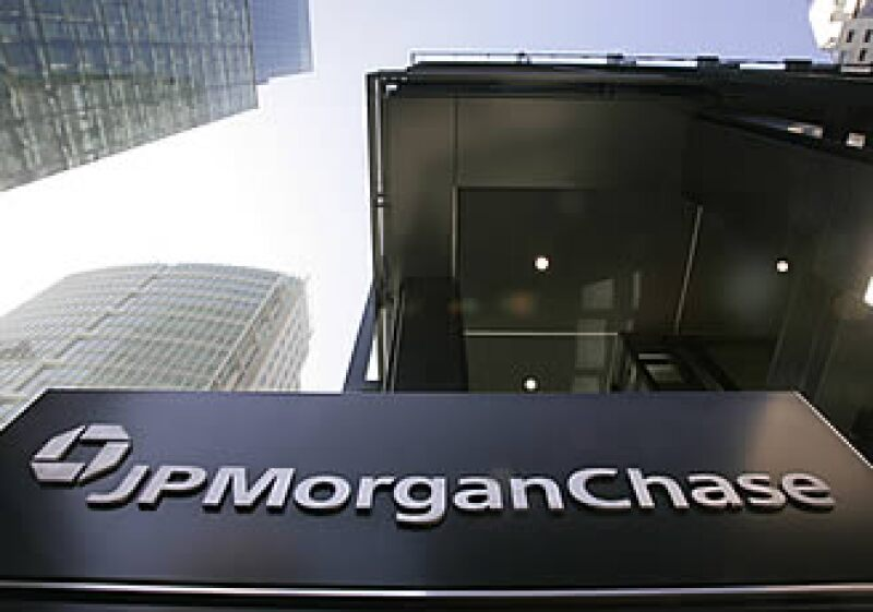 JPMorgan es uno de los cinco bancos de inversión que tenían 95% del valor de derivados en abril de 2009. (Foto: AP)