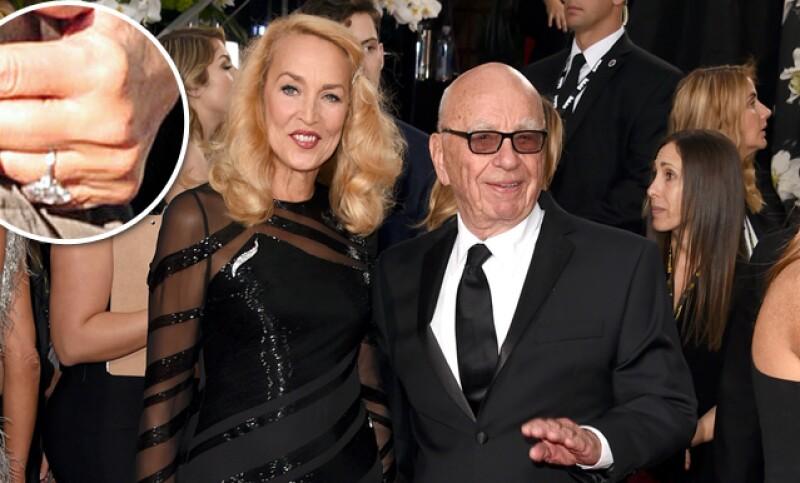 La ex modelo, y ex pareja de Mick Jagger, está comprometida con el magnate de los medios Rupert Murdoch.