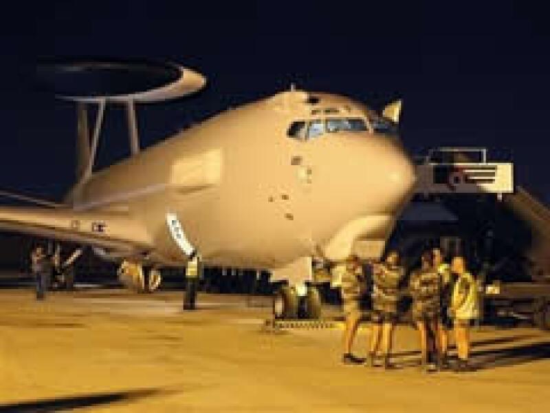 El gobierno francés investiga cuál fue la causa del accidente del Airbus 330 de Air France.  (Foto: AP)