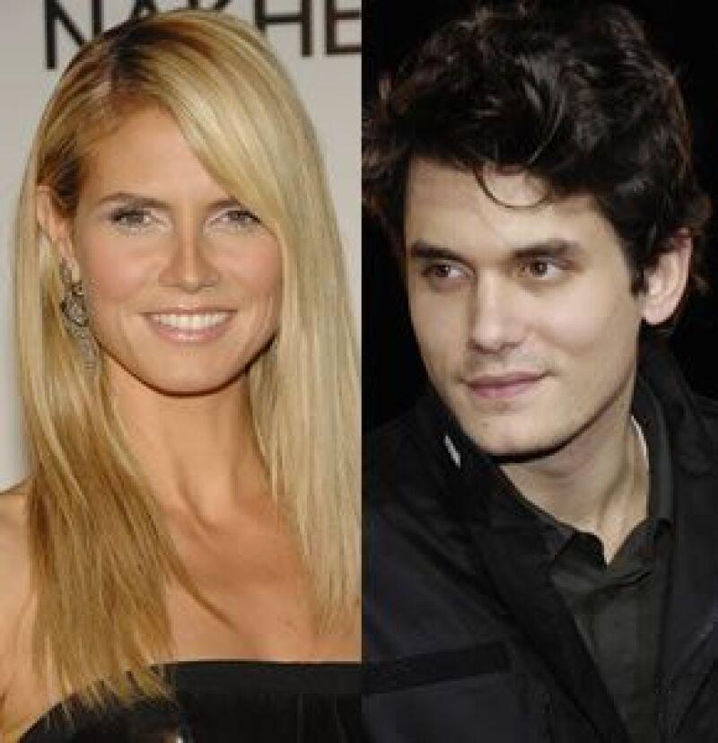 El ex de Jennifer Aniston salió de fiesta con la modelo a un antro en Nueva York, donde según varios testigos, él se bajó su ropa interior mientras bailaba, haciendo reír a la esposa del cantante Seal