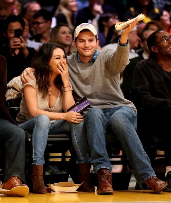 Además de disfrutrar del partido, se veían muy enamorados.