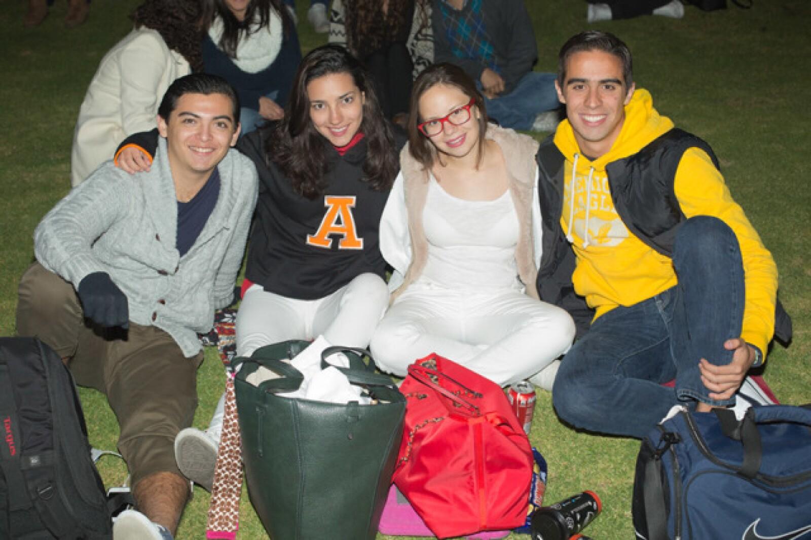 Áxel Pérez, Grecia Pelaes, Melanie Báez y Sebastián Ferrer