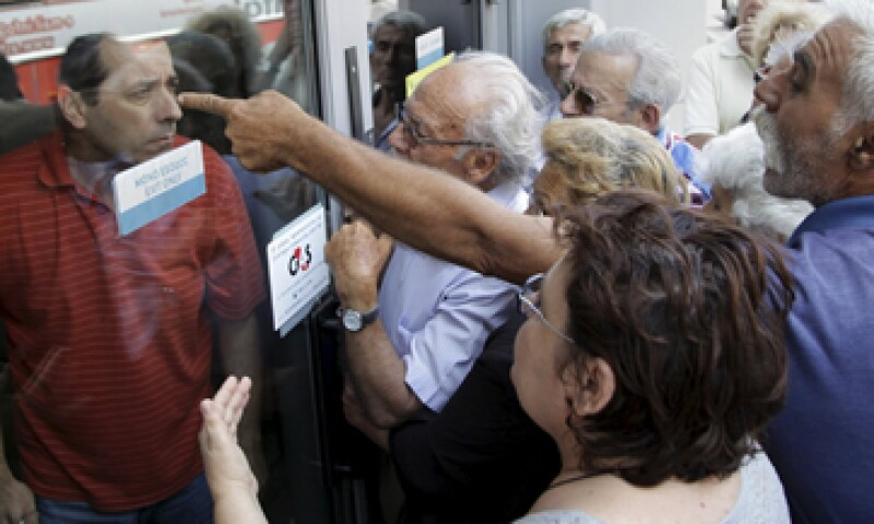 12% de los pensionistas griegos están en riesgo de pobreza. (Foto: Reuters )