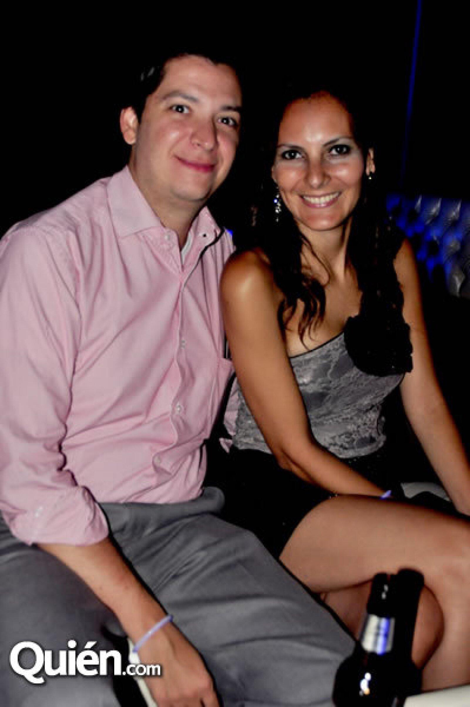 Alejandro García y Sara Nava