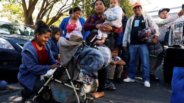 Migrantes con hijos y mujeres embarazadas