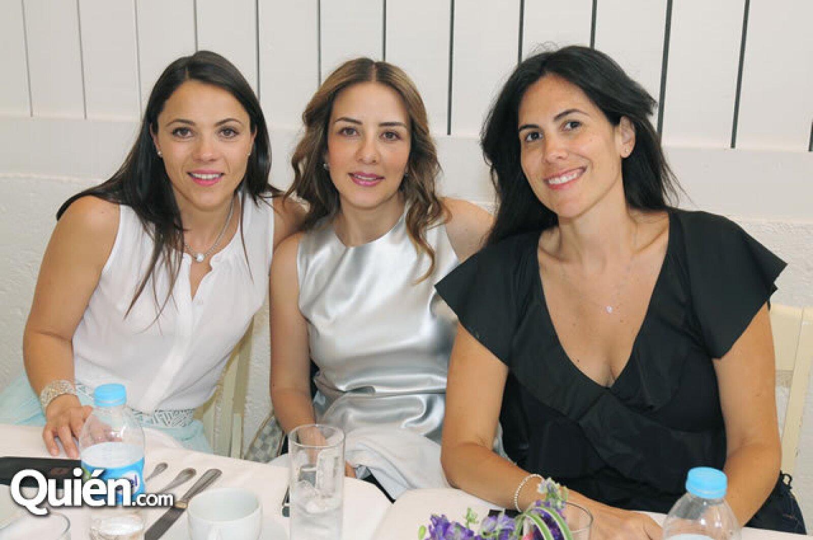Mónica Muñoz,Olga Valls,Jessica Lambroso