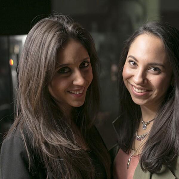 Paola Sotres y Carolina Caro