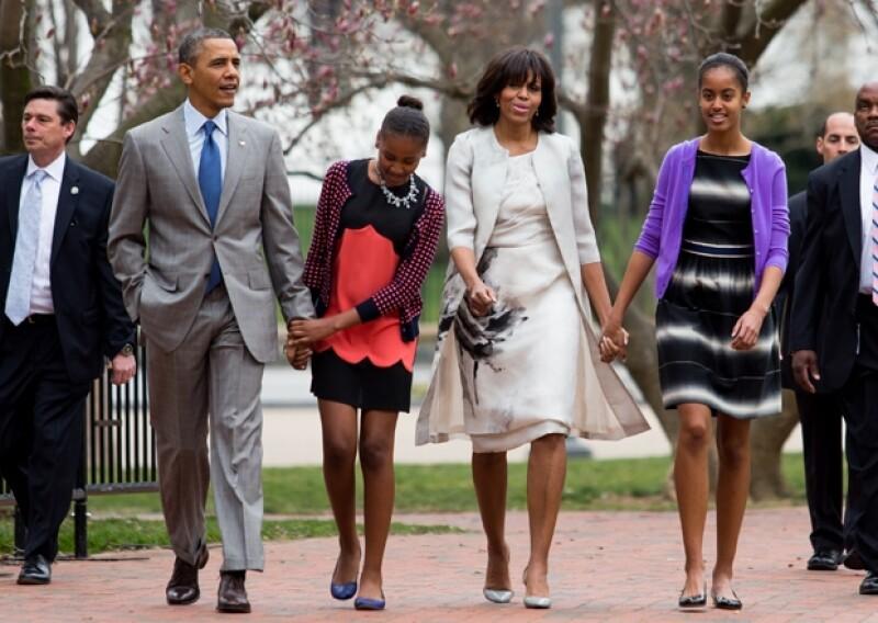 Michelle y Barack Obama parecen tener la clave para evitar que sus hijas se tatúen.
