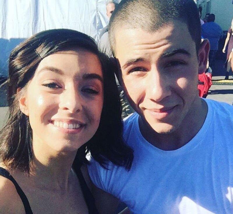 Nick Jonas compartió una foto de él y Christina en Instagram.