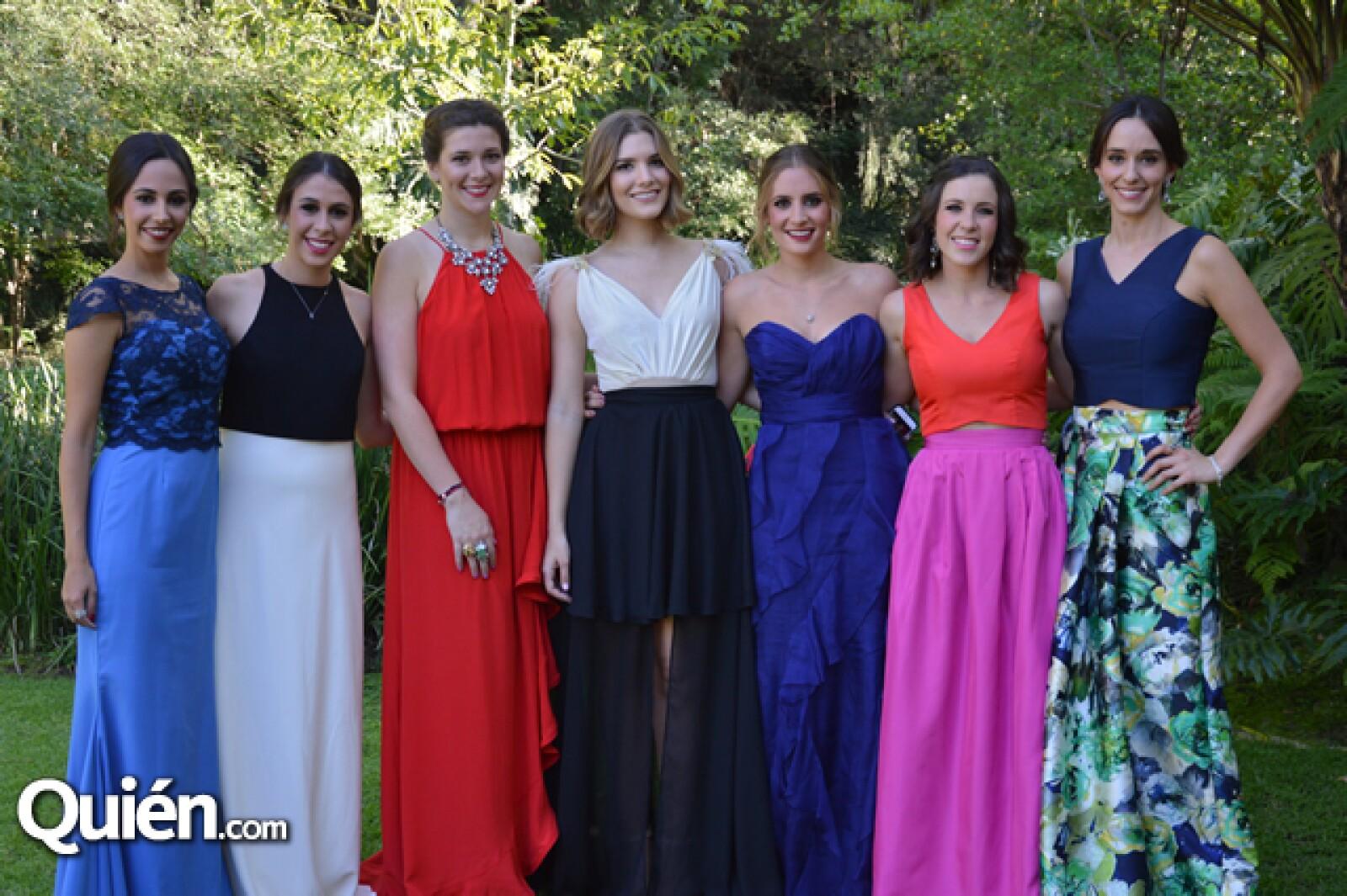 Lore Díaz,Claudia Garabini,Eli Briceño,Luisa Cárdenas,Giannica Musella,Lore Lázaro,Lore Luengo