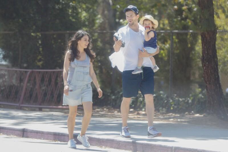 Mila y Ashton han formado una hermosa familia juntos.