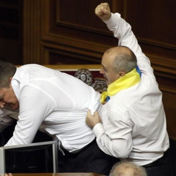 Ucrania Parlamento pelea 5