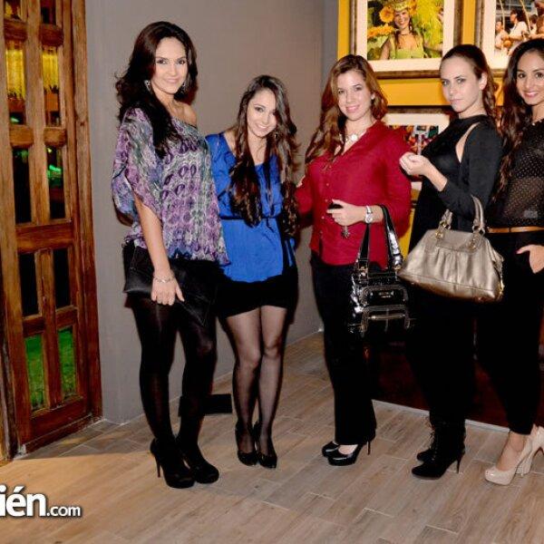 Adriana y Karina Treviño, Melissa Reyna, Andrea Legarreta y Jessica Cantú