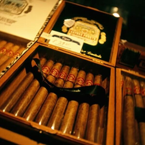 cigars cigarros puros