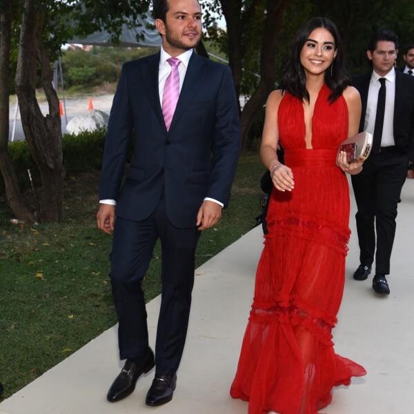 Pablo Bustamante y Valeria Gal†z.jpg
