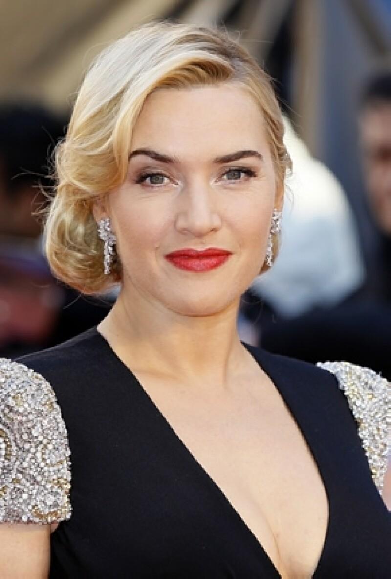 La actriz británica fue nombrada Comandante de la Orden del Imperio Británico y ella dice sentirse orgullosa.
