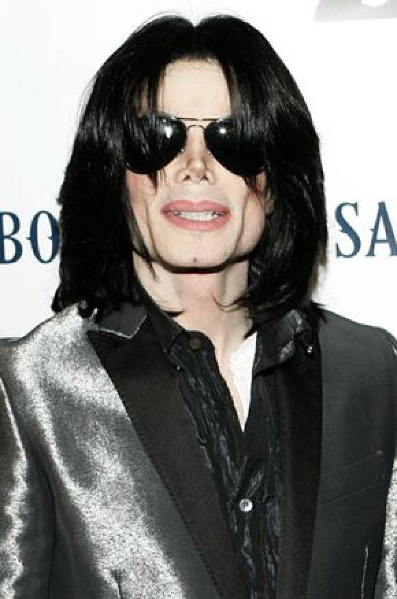 El cantante padece una extraña enfermedad y necesita un transplante de pulmón.