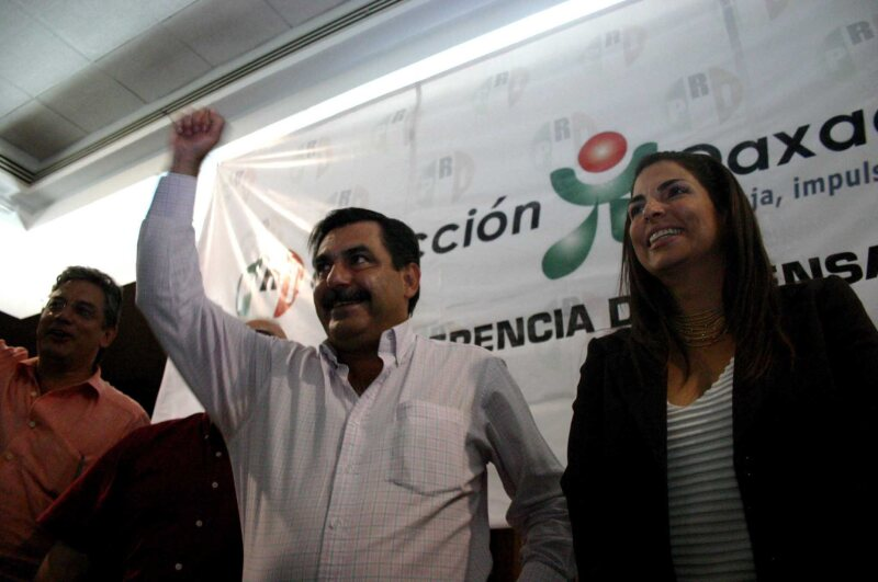 Los militantes inconformes dijeron que en caso de que no se respete su decición, votarán en contra del partido en las elecciones del 5 de junio.