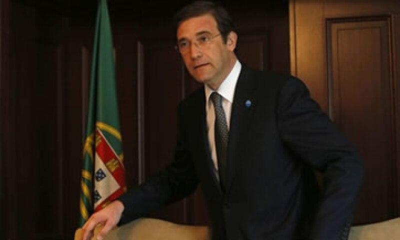 El primer ministro de Portugal, Pedro Passos Coelho presentó el acuerdo al presidente Aníbal Cavaco Silva. (Foto: Reuters)