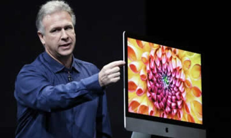 El martes, Apple presentó una iMac más delgada y un computador portátil con una pantalla de 13 pulgadas enormemente mejorada. (Foto: AP)