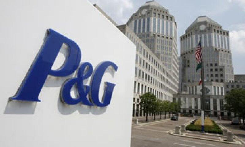 La empresa busca reducir costos por 10,000 mdd. (Foto: AP)