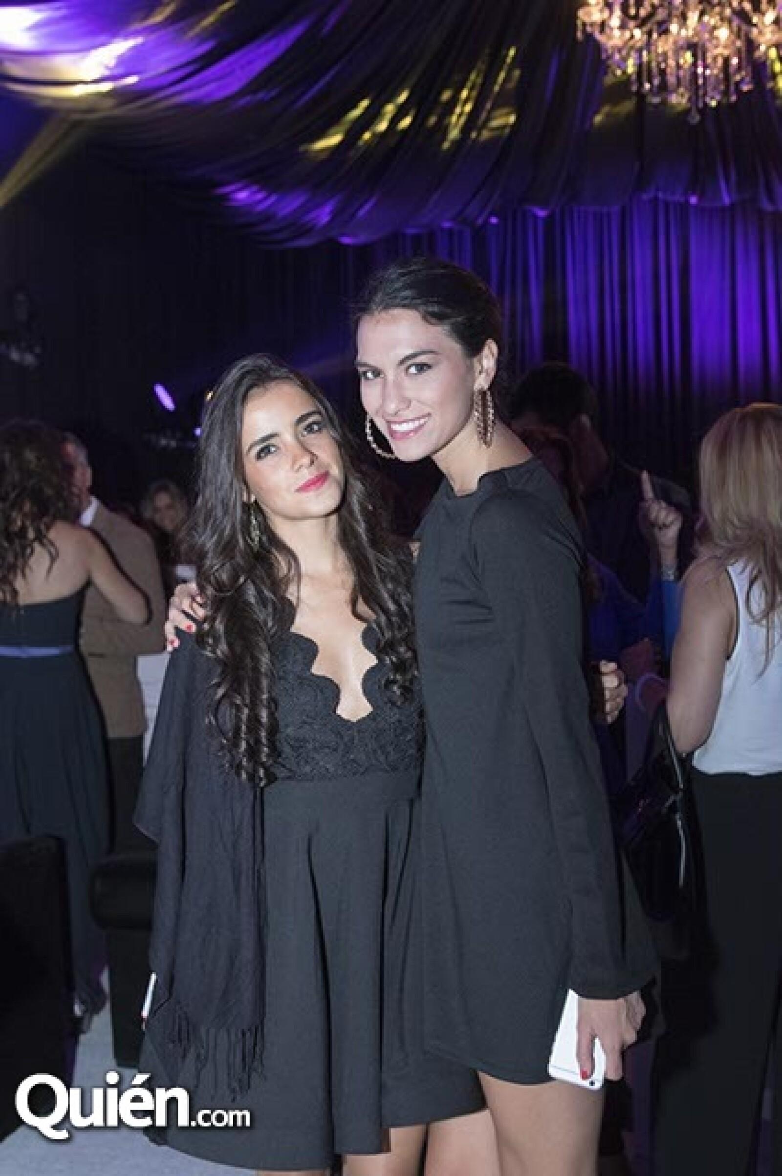 Andrea Iza y Renata Aguilar