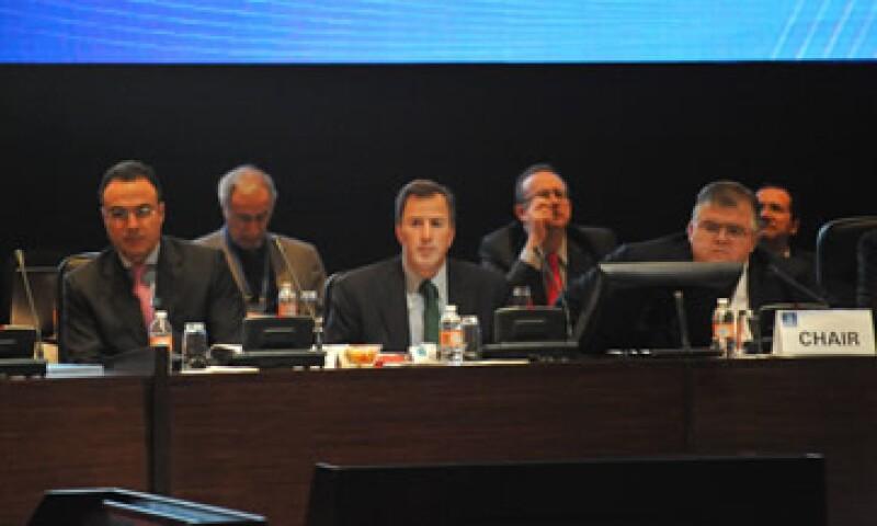 José Antonio Meade y Agustín Carstens advirtieron sobre el riesgo que representa el precipicio fiscal de EU. (Foto: G20 México)