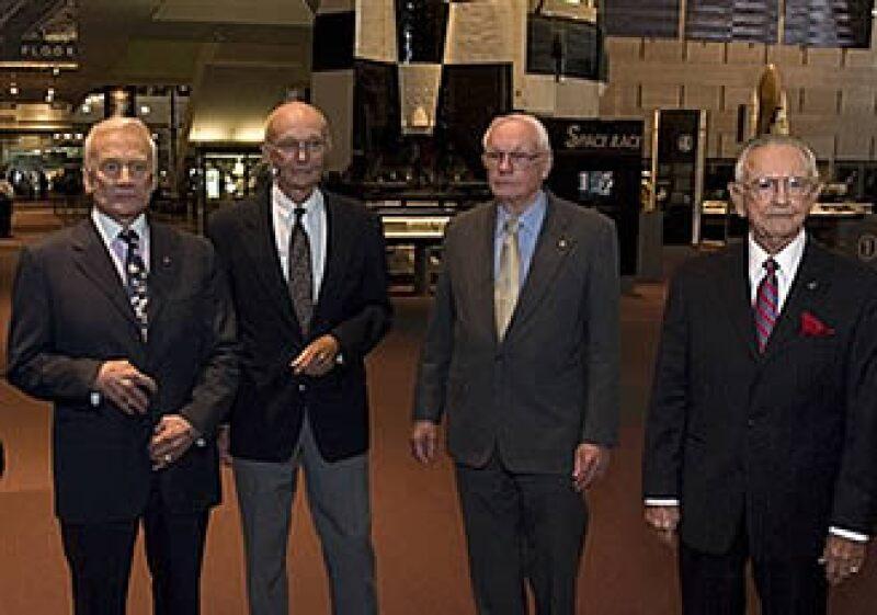 En el 40 aniversario del primer aterrizaje en la Luna, los miembros de la misión del Apolo 11, Buzz Aldrin, Michael Collins, Neil Armstrong y el ex director de la NASA Chris Kraft, pidieron cambiar el enfoque hacia Marte. (Foto: AP)