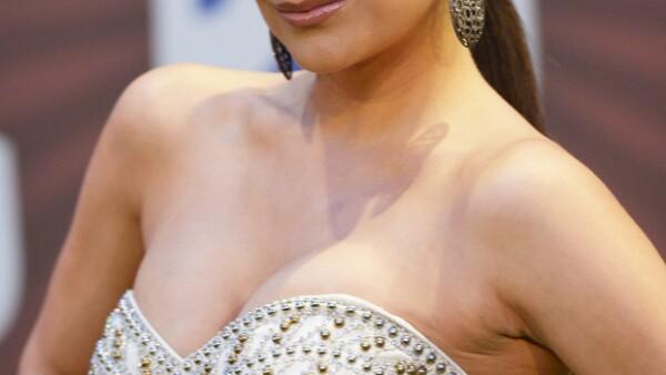 Luego de que se destapara su romance con el también actor Iván Sánchez, la actriz habló sus pasiones, sus pasatiempos y aspectos que no conocíamos de ella.