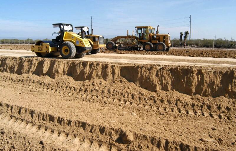 La industria de la construcción sufrió una baja. (Foto: Cortesía IMSS)
