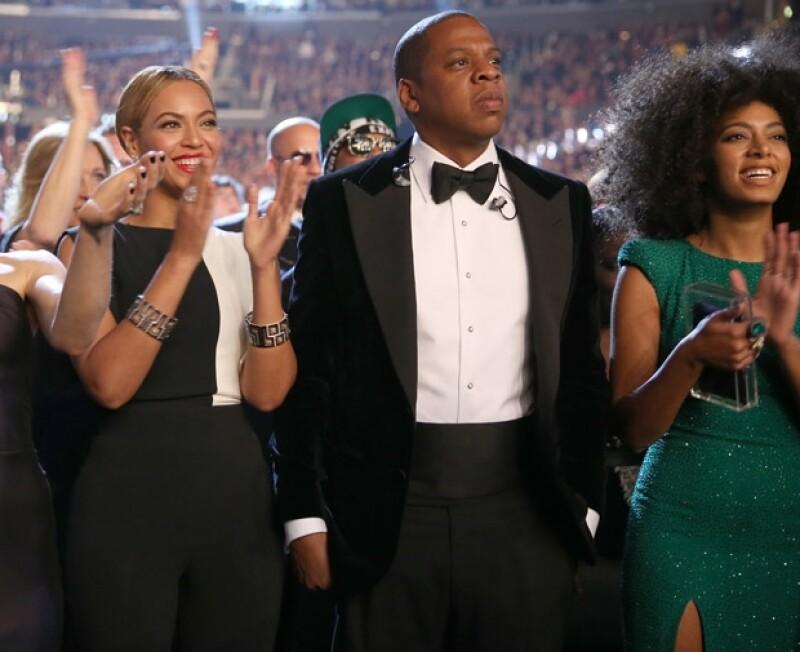 Hasta la filtración del video, la relación entre Jay Z y su cuñada Solange parecía ser muy buena pues en varias ocasiones se les vio juntos en eventos acompañando a Beyoncé, tal como sucedió en los premios Grammy de 2013.