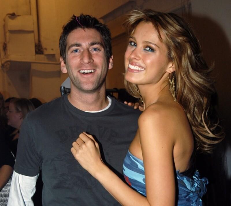 Petra con Simon en febrero de 2004.