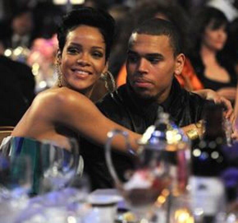 Dicen que la cantante está pensando perdonar a su novio pues la llenó de regalos el día de su cumpleaños el pasado 20 de febrero.