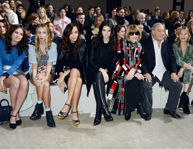 La media hermana de Kim Kardashian viajó a Londres para asistir a la pasarela de Topshop Unique este domingo, donde se sentó junto a la editora de moda.