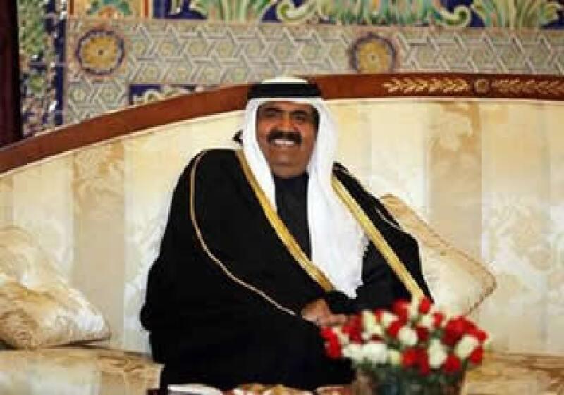 El primer ministro de Qatar también anuncio inversiones en el sector telecomunicaciones de España. (Foto: Reuters)