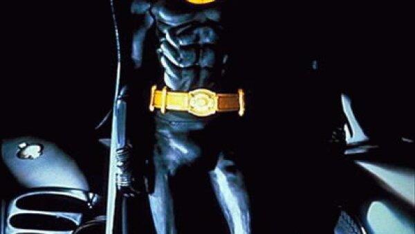 Michael Keaton interpetó al hombre murciélago y por ello pidió 10 millones de dólares.