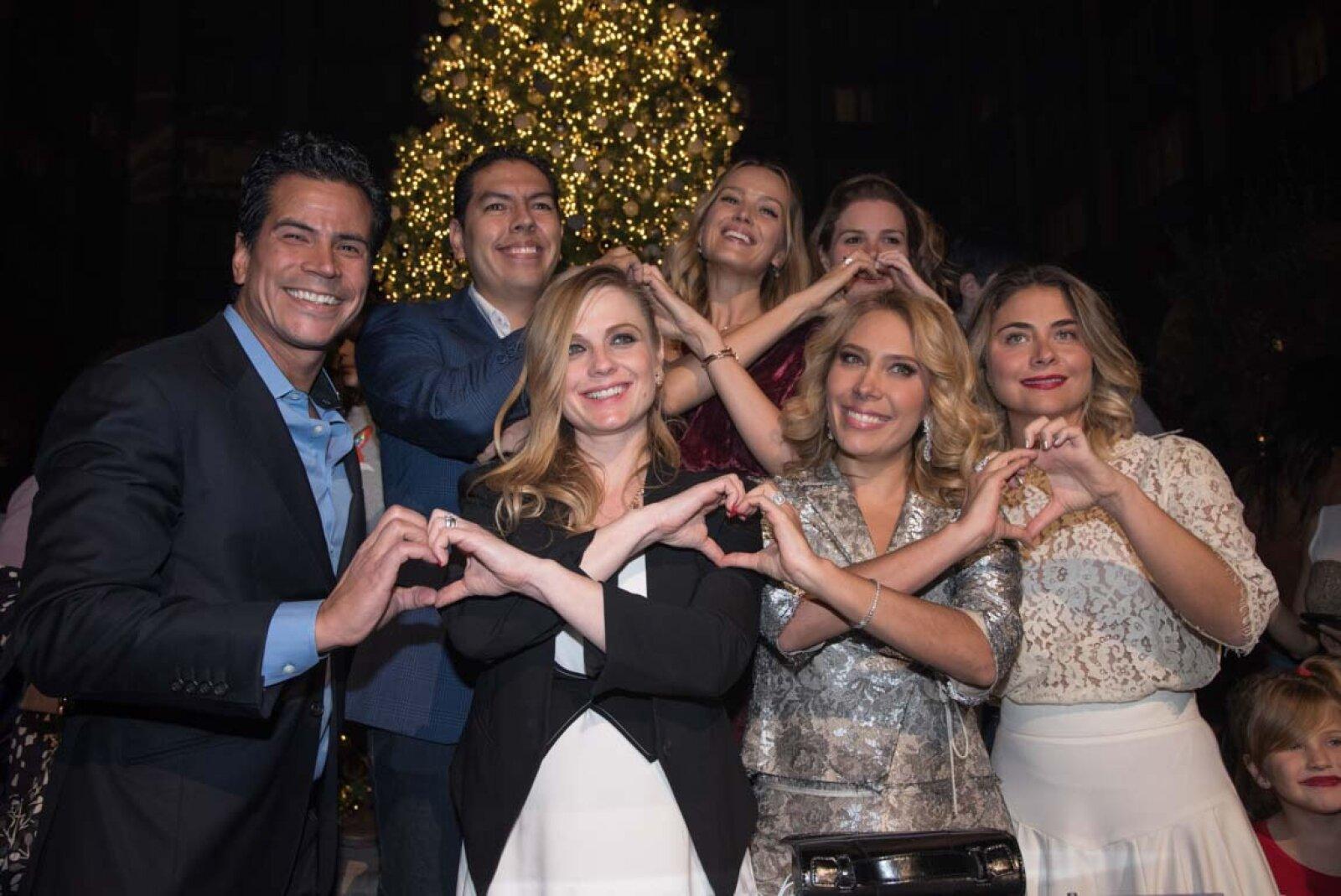 Encendido del Árbol Happy Hearts México