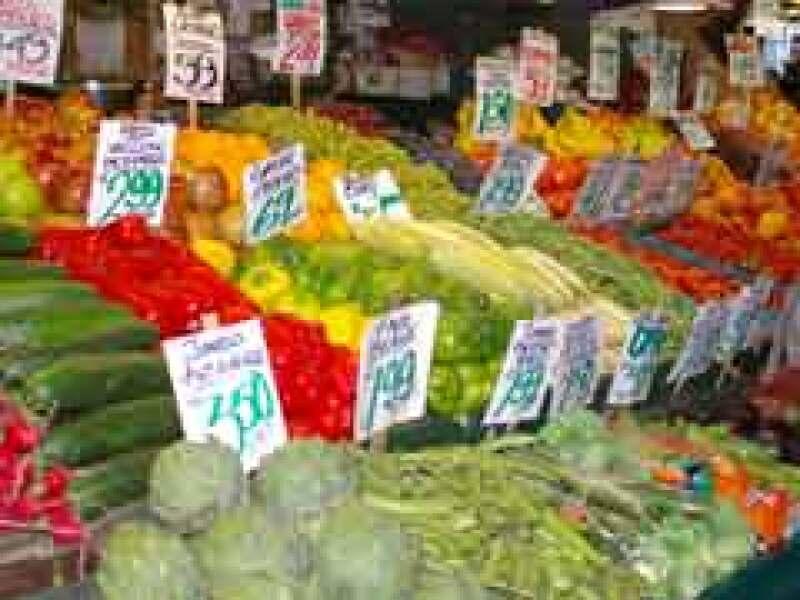 Los precios de algunas frutas y verduras suben más fuerte que el resto. (Foto: Archivo)