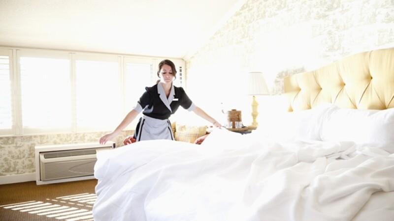 hotel recamara habitacion mucama