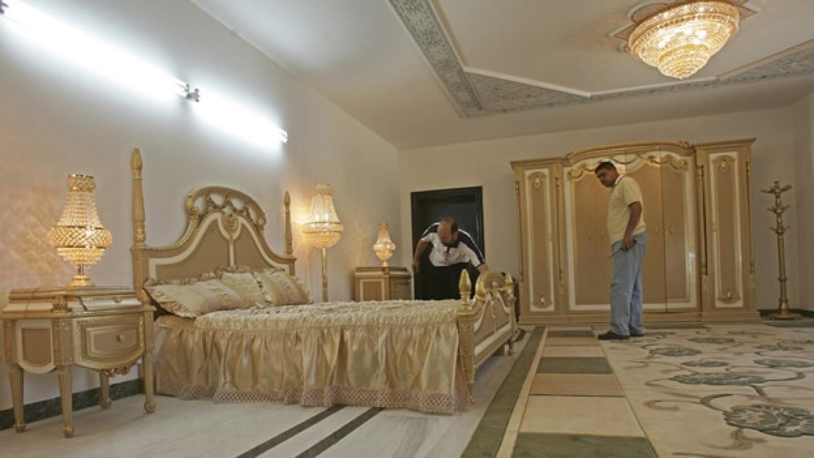 Saddam Hussein - Palacio