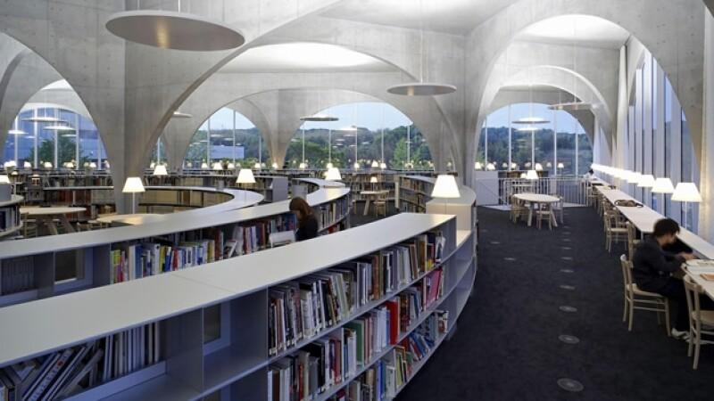 Biblioteca de la Universidad Tama Art de Tokio
