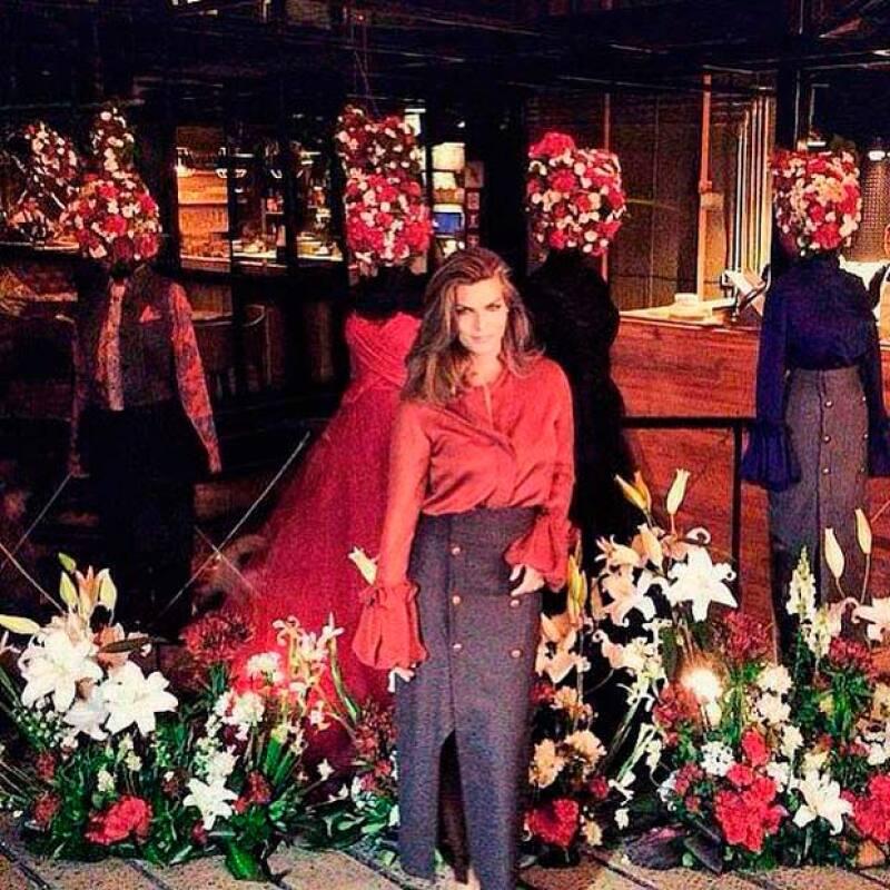 La guapa empresaria sigue en el mundo de la moda lanzando la colección, bajo el sello de su marca Royal Closet, en un exclusivo evento en Polanco.