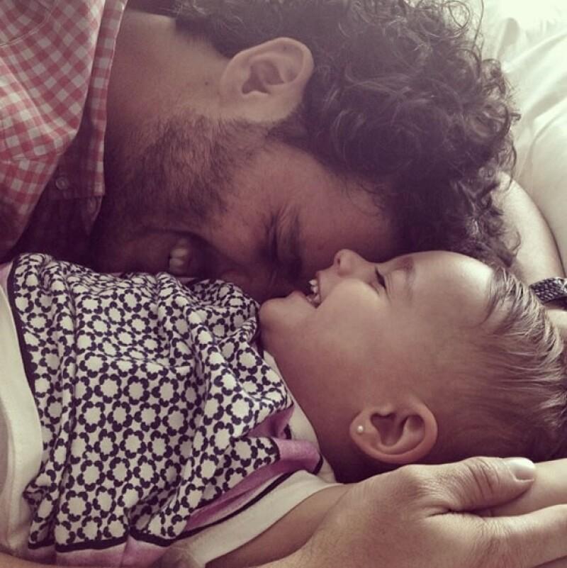 La pareja está feliz por la llegada de su segunda hija; el actor desde hace varias semanas ya estaba ansioso por el nacimiento.