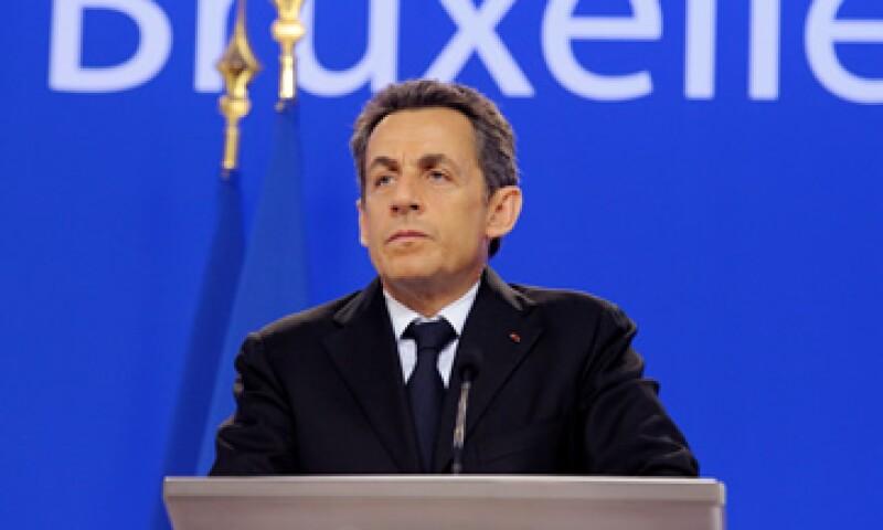 Nicolas Sarkozy tenido que ceder terreno a Angela Merkel en muchos asuntos. (Foto: Reuters)
